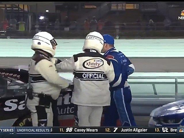 Sadler joutui taistelemaan taistelussa menettämättä NASCAR Xfinity -nimeä
