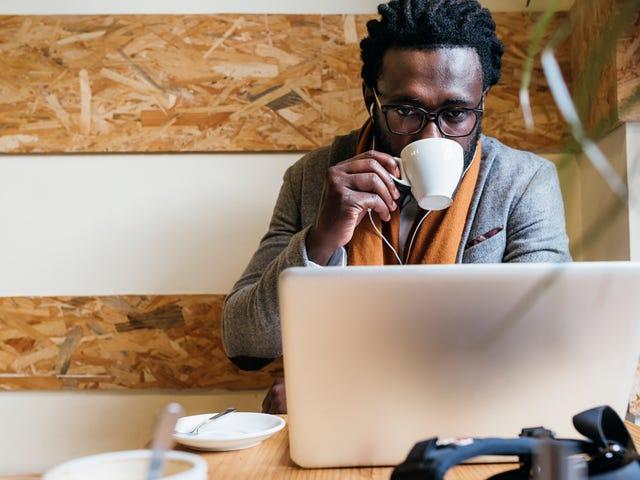 #CoffeeWhileBlack: Cafeterias de propriedade de negros em Philly para sediar mesa redonda no dia do treinamento de preconceito racial da Starbucks
