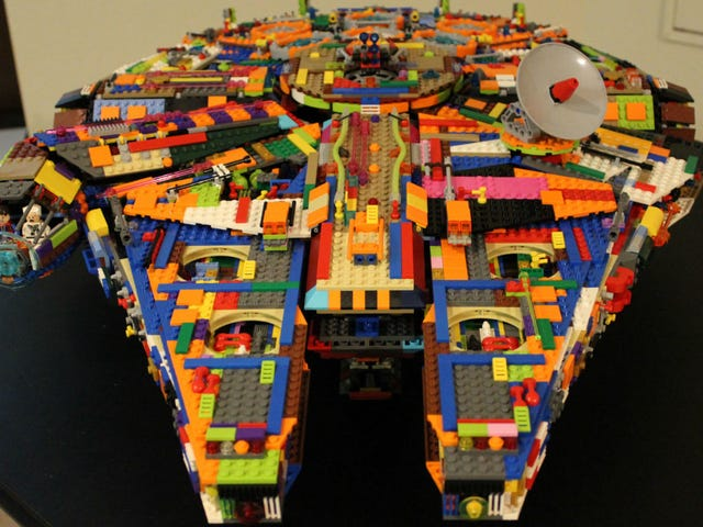 This Is the Coolest Homemade Lego Millennium Falcon of All Time