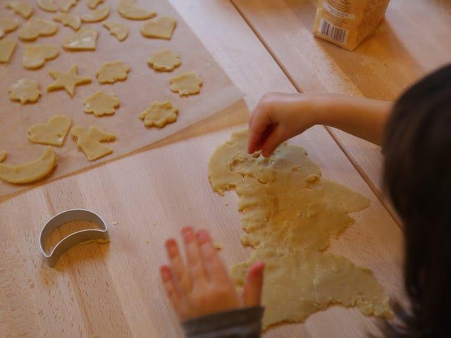 Tenåring bakt hennes bestefars asken til sukkerkaker, bød dem til jevnaldrende