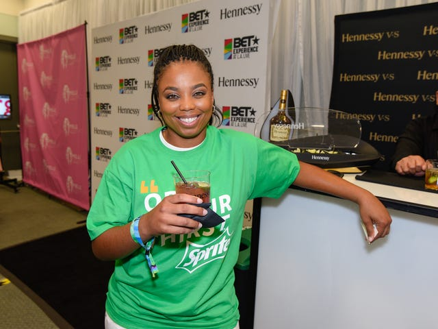Jemele Hill nimitti vuoden 2018 journalistiksi Black Association of National Journalistien liiton