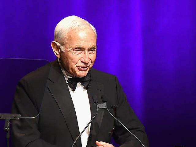 Victoria's Secret Executive Leslie Wexner Will Finally Step Down