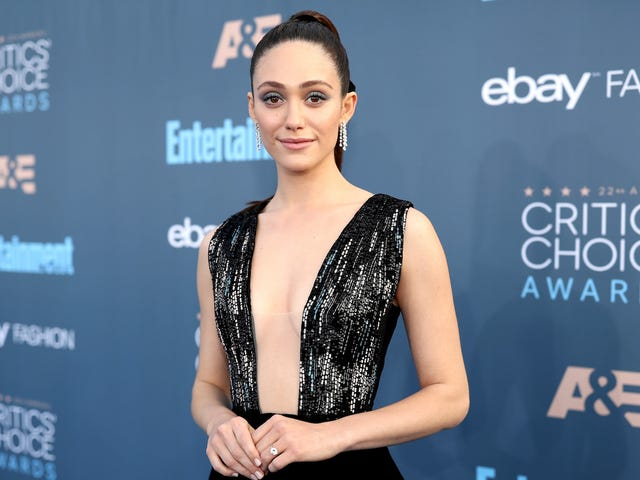 Showtime President Says Equal Pay for Shameless Star Emmy Rossum Is 'Justified'
