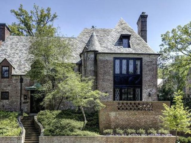 Check Out the Obama Family's Post-White House Digs