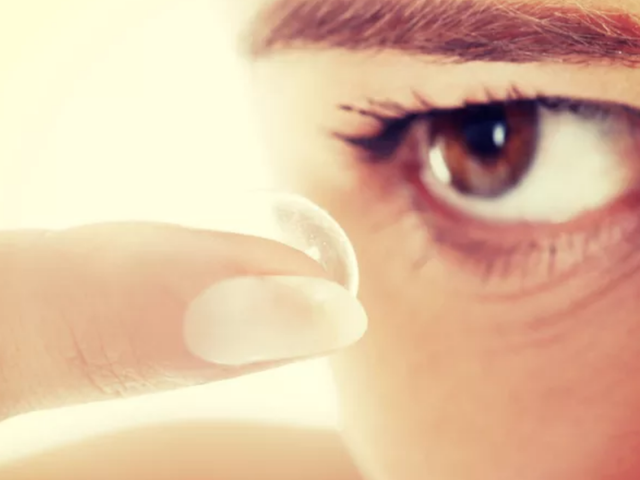 Woman Leaves Contact Lens in Her Eye for an Astounding 28 Years