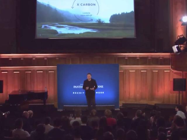 Το Elon Musk είναι ίσως η καλύτερη ελπίδα μας για να προχωρήσουμε πέρα από τα ορυκτά καύσιμα