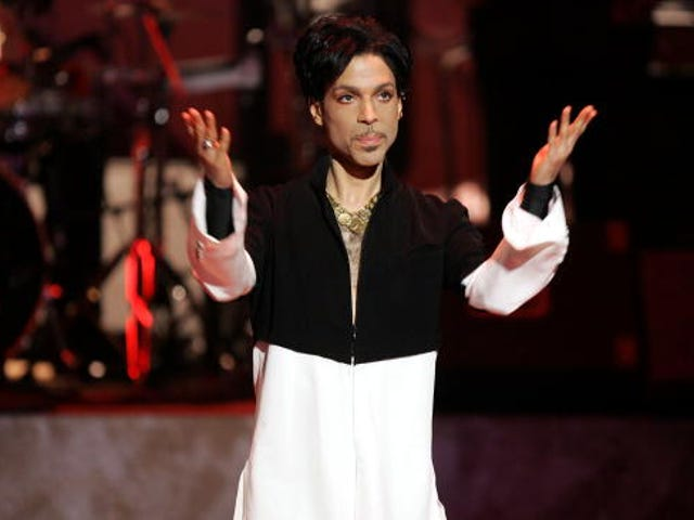 Prince Had 'Exceedingly High' Amount of Fentanyl in His Body at Time of Death: Report