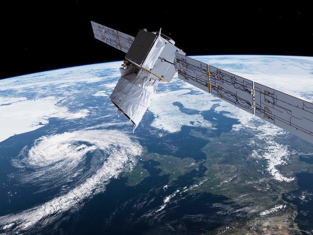 ЕКА выполняет маневр, чтобы избежать столкновения с одним из спутников SpaceX