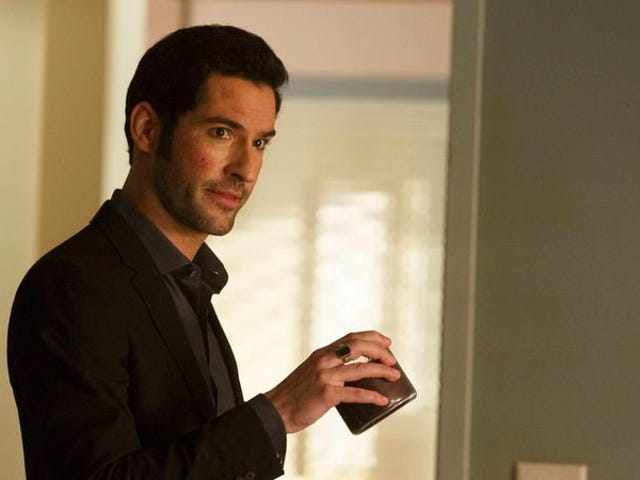 """<a href=https://tv.avclub.com/lucifer-finds-his-purpose-in-the-season-finale-1798187533&xid=17259,15700023,15700186,15700191,15700256,15700259,15700262 data-id="""""""" onclick=""""window.ga('send', 'event', 'Permalink page click', 'Permalink page click - post header', 'standard');""""><i>Lucifer</i> พบจุดประสงค์ของเขาในตอนจบฤดูกาล</a>"""