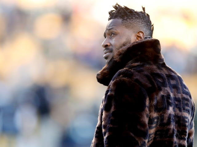 Great, The Steelers Are Going To Do This Whole Shit Again With Antonio Brown
