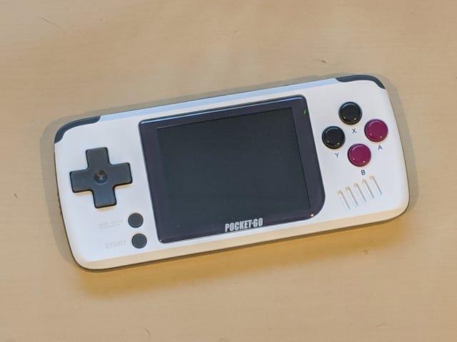 Bittboy PocketGo是一款小巧,便宜,疯狂的复古游戏机