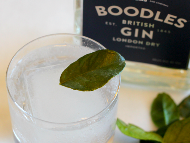 3-Ingredient Happy Hour: Lime Leaf G&T