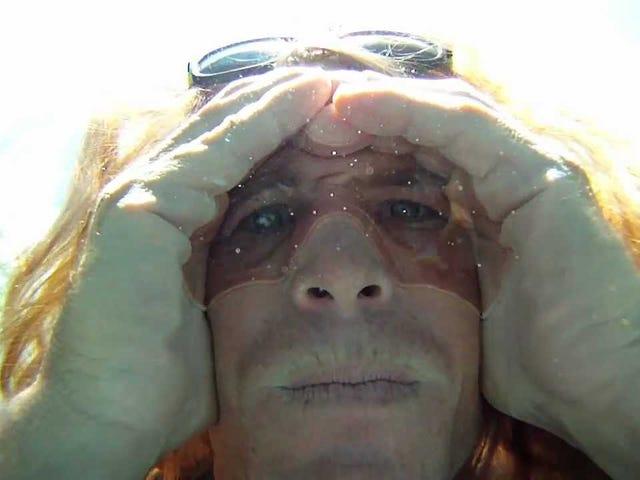 Maak 'Air Goggles' om te zoeken naar items die je in het water hebt gedropt