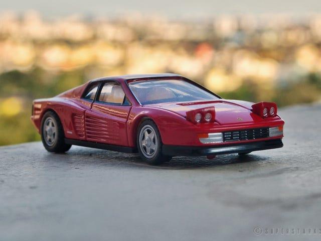 Ferrari Friday - รุ่น Testarossa