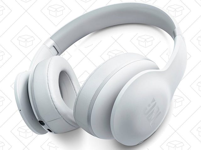Ignore the World Around You With These Discounted Noise-Canceling Headphones