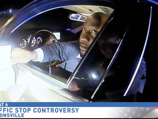 南卡罗来纳州全国有色人种协进会主席声称他在交通停车期间遭到种族划分,但Bodycam视频却讲述了一个不同的故事