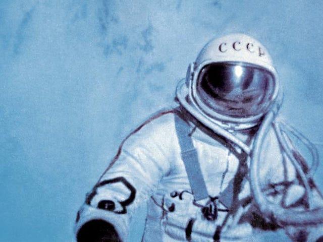 50 anos atrás, a primeira caminhada espacial quase terminou em tragédia