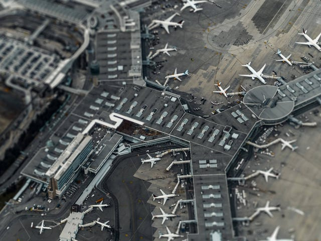 Exercise by Walking the Whole Airport During Your Layover