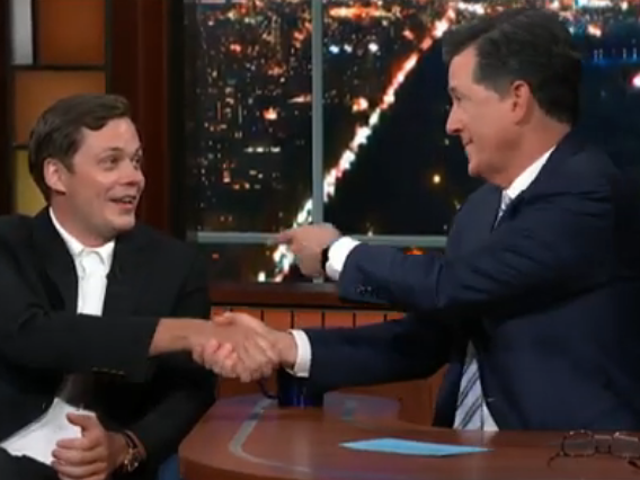 Bill Skarsgård teaches Stephen Colbert the Pennywise smile, is only a little terrifying