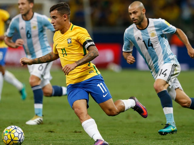 Coutinho Dunked On Argentina's Head