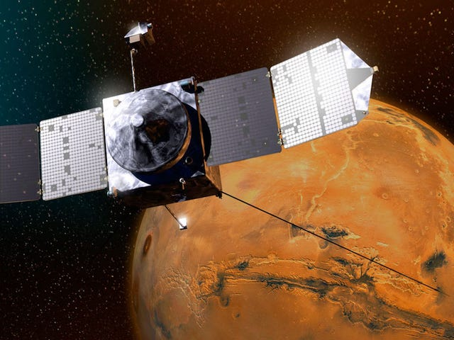 NASA Spacecraft Avoids Very Embarrassing Collision With Mars' Moon
