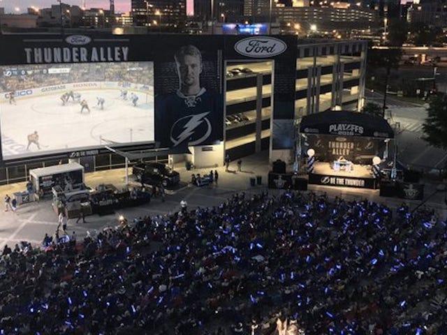 NHL Mengancam Akan Menyala Petir Jika Mereka Tidak Mematikan Pesta Arloji mereka