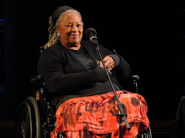 El autor Toni Morrison, una voz suprema, murió a los 88 años
