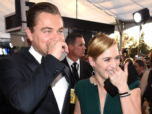 Kate Winslet se rend aux Oscars pour soutenir Leo, l'homme qu'elle a laissé se noyer