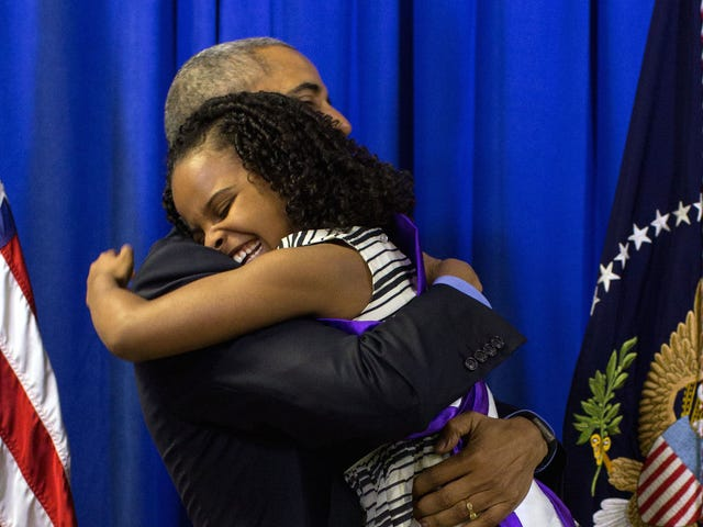 Hej, mit hjerte har sprængt at se denne video af præsident obamas møde lidt frøken flint