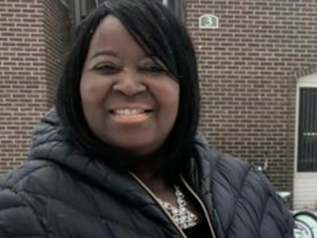 Un hombre llamó a la policía sobre una candidata negra y su familia en una campaña en un vecindario blanco, se sospecha que están comprando drogas