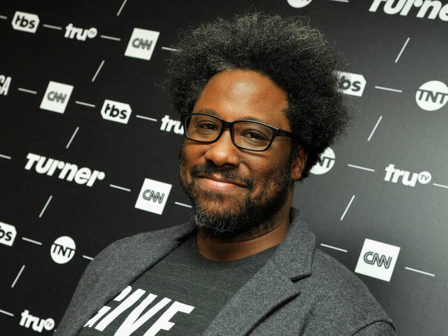 W. Kamau Bell on How to Solve Chicago's Violence and Why Black Celebrities Host Shows About Race