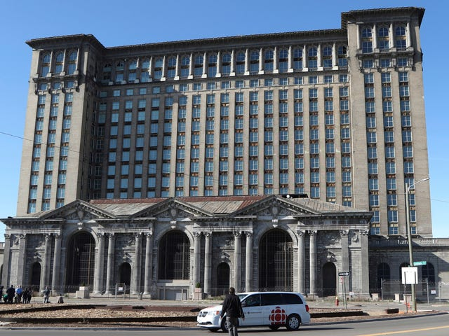 Detroit Should Not Give Ford a $104 Million Tax Break