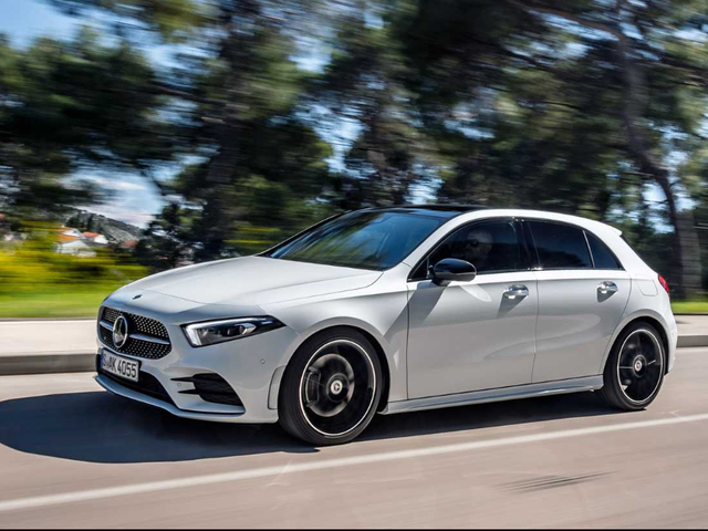 SO looks like the new Mercedes A-Class is getting good reviews...Too bad they won't bring the hatch here to the US, only North of the Wall
