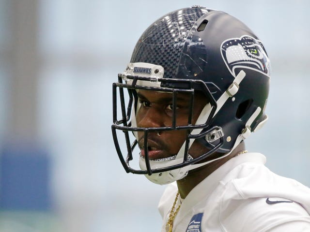 "Seahawks' Malik McDowell During Arrest: ""Bitch, I Got Lawyer Money"""