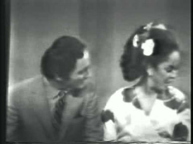Fik nogen bånd fra <i>Della!</i>  , den første taleshow hostet af en sort kvinde, liggende rundt?