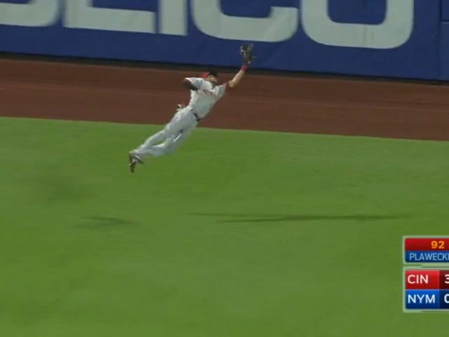 Billy Hamilton Lays Out For Spectacular Catch, Possibly Angers Baseball Gods