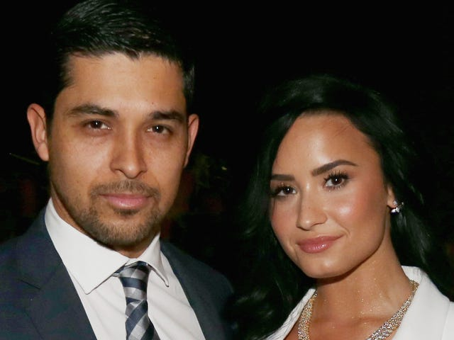 Wilmer Valderrama Reportedly Visits Demi Lovato 'Constantly'