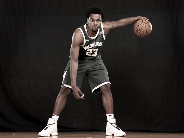 New Video Shows Cop Stepping on NBA Guard Sterling Brown's Ankle While Discussing Potential Backlash