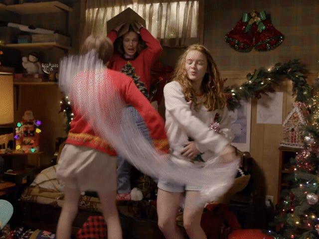 The <i>Stranger Things</i> Kids Kääriminen Joululahjat ovat kaikki pakkaus joululahjoja, rehellisesti
