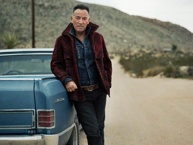 Bruce Springsteen intenta perderse bajo el alcance cinematográfico de Western Stars