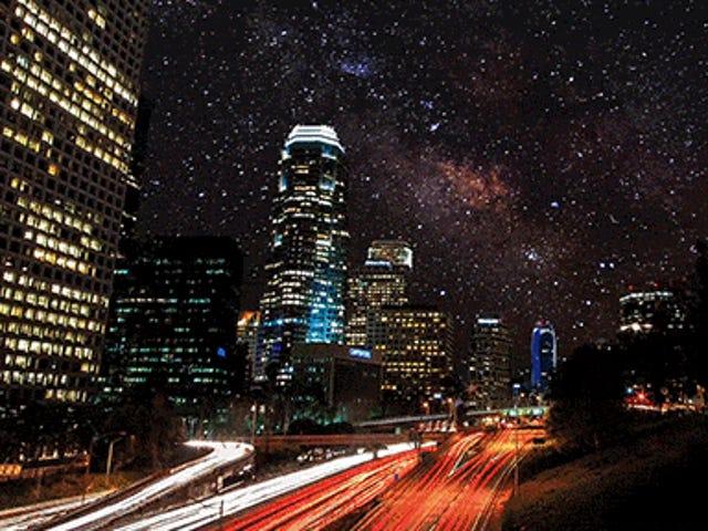 Video: Işık kirliliği olmadan şehirlerin nasıl güzel görüneceğini hayal etme