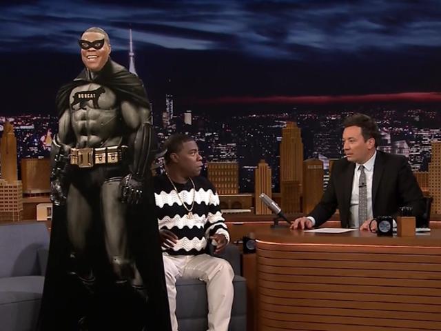 Останній ОГ Трейсі Морган подає свій чорний фільм супергероя старому приятелю Джиммі Фаллону на The Tonight Show