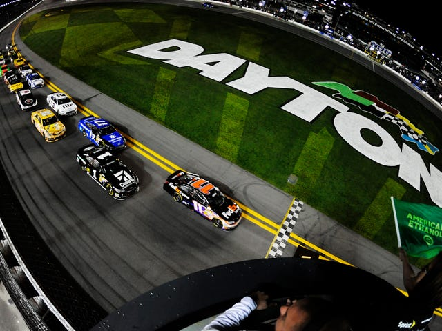 One week to go: 2015 Sprint Unlimited