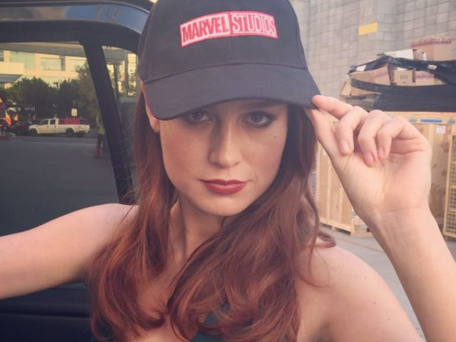 """<a href=""""https://news.avclub.com/brie-larson-to-make-her-directorial-debut-in-all-that-d-1798250350"""" data-id="""""""" onClick=""""window.ga('send', 'event', 'Permalink page click', 'Permalink page click - post header', 'standard');"""">Brie Larson to make her directorial debut in all that downtime she has</a>"""