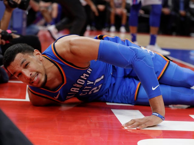 Add Andre Roberson To The List Of Important NBA Players Lost To Season-Ending Injuries