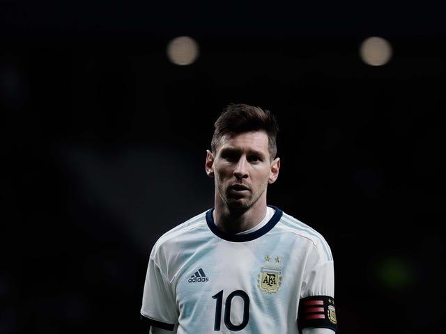 Lionel Messi Arjantin'e Değer Nedir?