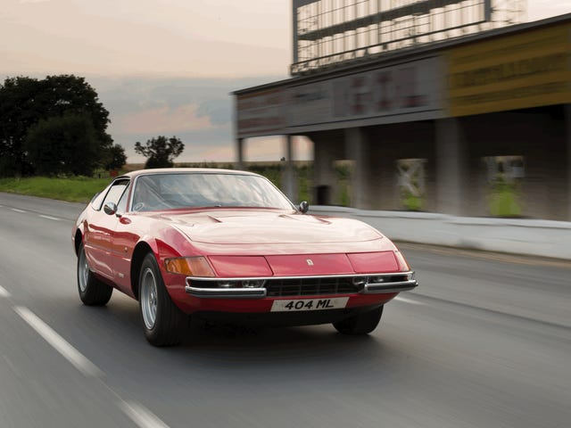 Ferrari Daytona at Reims gif