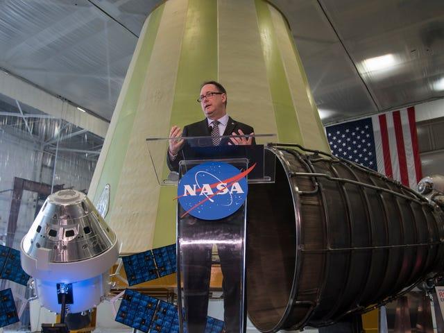 NASA Acting Administrator Announces Retirement With Bridenstine Still Unconfirmed