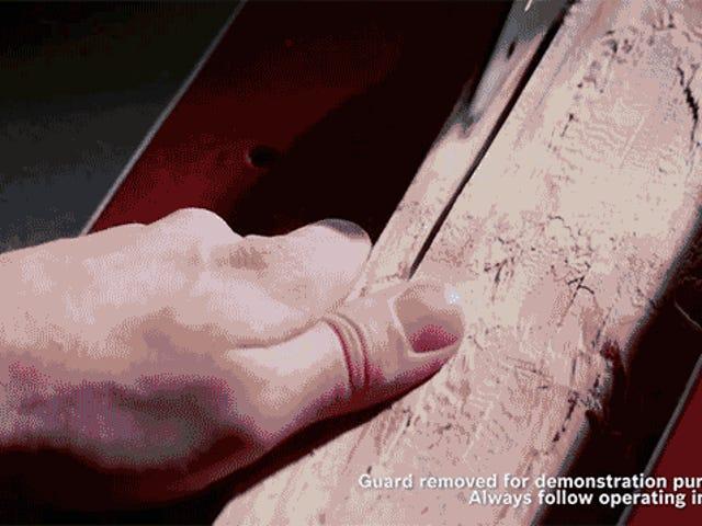 Το πριόνι ανίχνευσης σάρκας αφήνει αμέσως τη λεπίδα χωρίς να το καταστρέψει