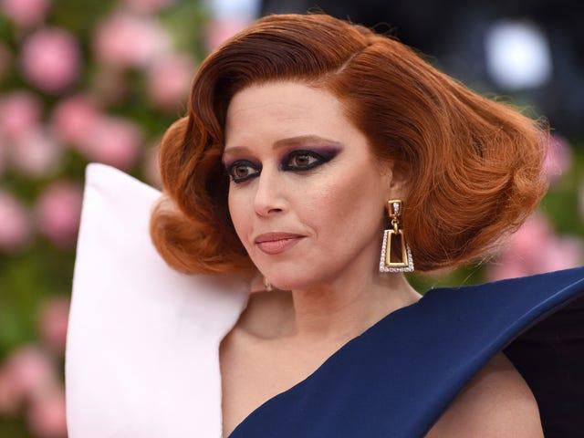 Did Natasha Lyonne Smoke All Those Cigarettes In The Met Bathroom?